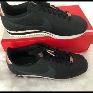 Nike Shoes - Nike Women's Sz 7.5 Classic Cortez Black&Rose Gold